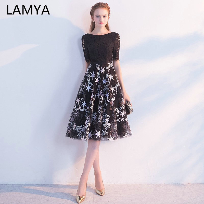 LAMYA 2019 Half Lace Sleeve Prom Dress Vintage Ladies Black Knee Length Evening Party Dresses O Neck Formal Gown Robe De Soiree