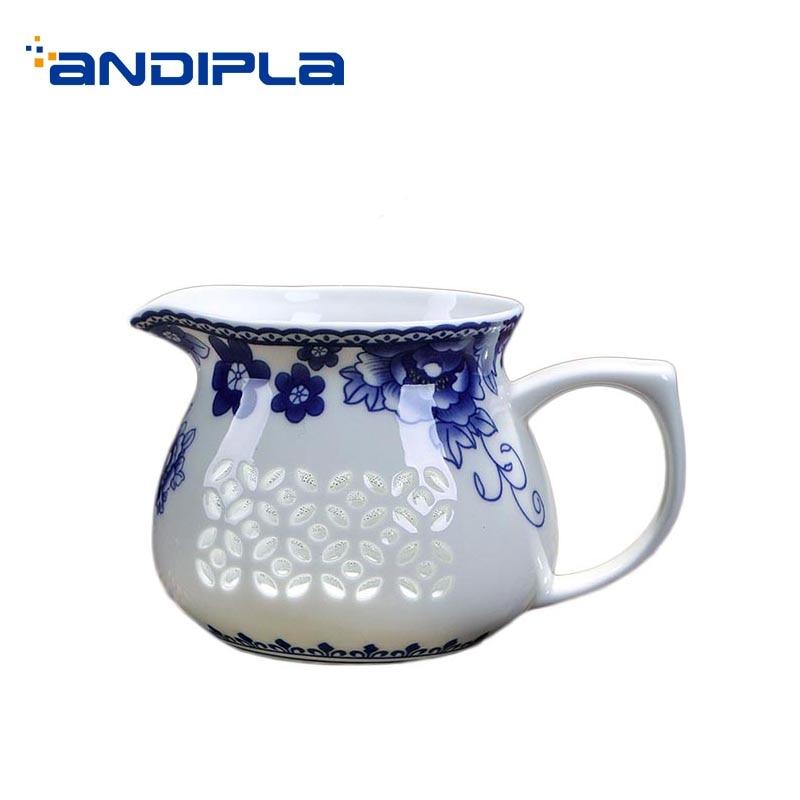 220ml Vintage Blue and White Porcelain Hand Grip Fair Cup Home Drinkware Kung Fu Tea Set Cha Hai Accessories Tea Mugs Milk Cups