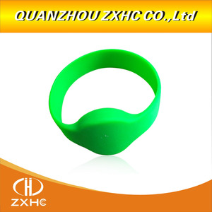 Image 2 - 13.56Mhz MF1108 (S50 Compatible) ISO14443A RFID Waterproof Smart Silicone Wristband Bracelet