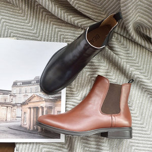 Image 3 - BeauToday تشيلسي أحذية النساء جلد العجل الحقيقي حجم كبير الخريف الشتاء موضة العلامة التجارية حذاء قصير اليدوية 03025