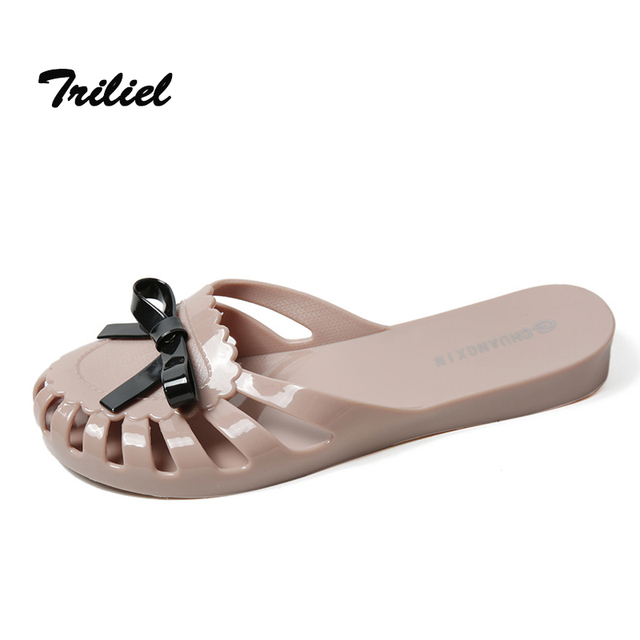 2e7d0fb91b43 Summer New Fashion Women Slippers Flat Plastic Jelly Ladies Beach Sandals  Cover the Toe Soft Soles Bow Tie Solid Color Shoes