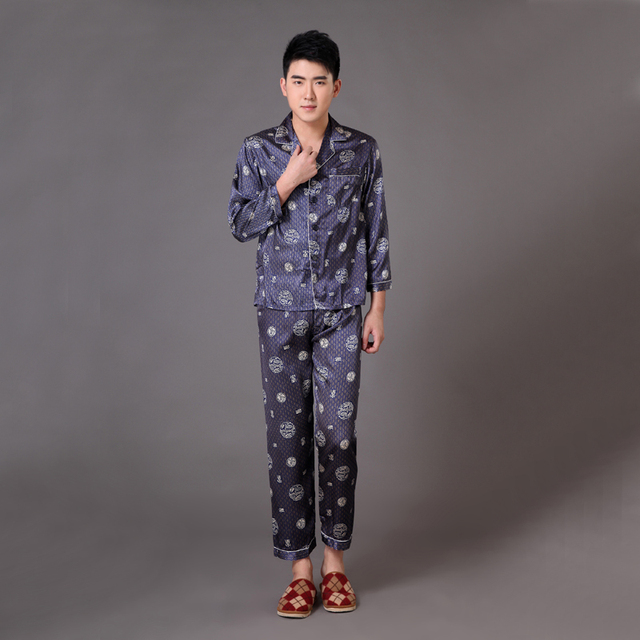 Hombres chinos Satin Pijamas Albornoz Pijama Conjunto de Dragón de la Vendimia Larga Pijamas Traje Homewear de manga Sml XL XXL XXXL MP063