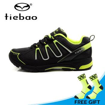 Buty Tiebao profesjonalne jazda na rowerze buty oddychające MTB buty na rower sport rozrywka buty rowerowe dla mężczyzn jazda na rowerze Sapatos ciclismo tanie i dobre opinie Dla dorosłych Lace-up 22-1285 RUBBER Średnie (b m) Pasuje prawda na wymiar weź swój normalny rozmiar Oddychająca