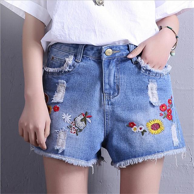 94ccf258f10a3b 2017 sommer Lässige Jeans Kurze Hosen Blumenstickerei Denim Shorts Frauen  Hellblau Blumen Bestickt Shorts Femme