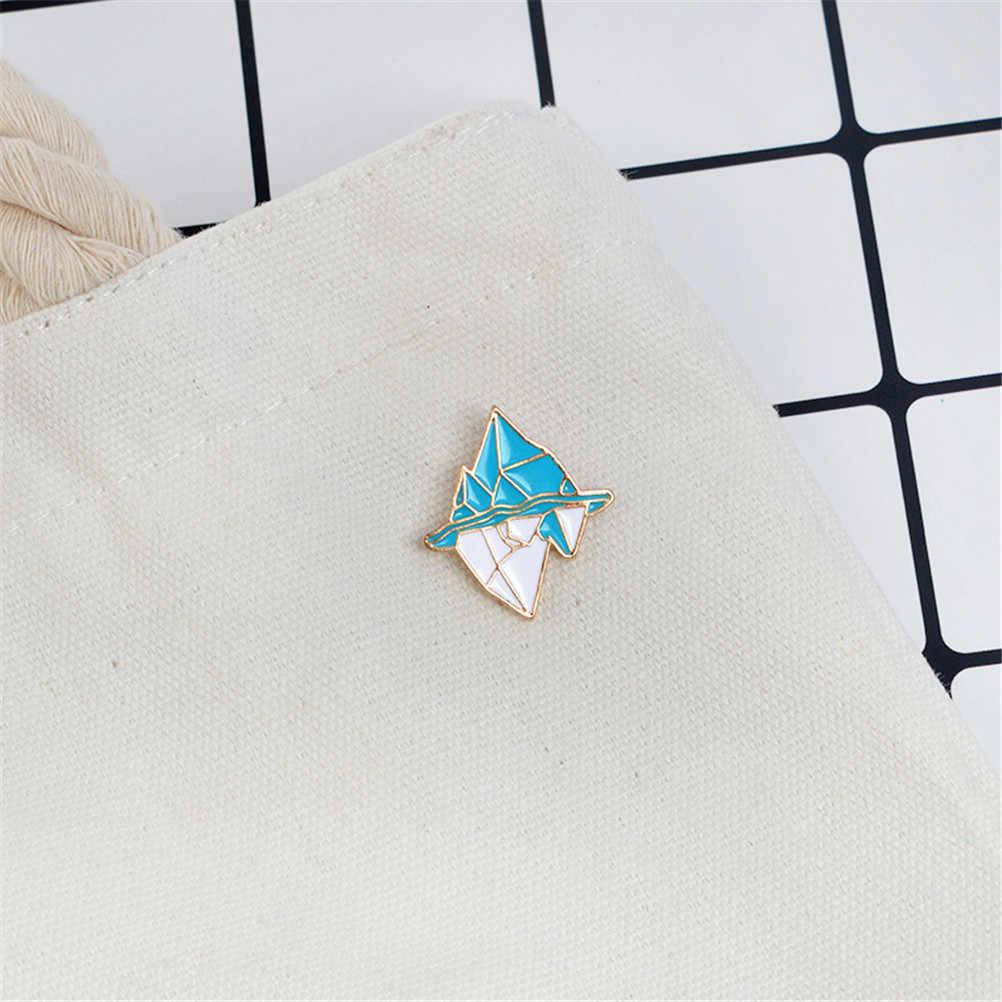 Antartika Kartun Gunung Es Bros Enamel Pin Gesper Putih Biru Logam Gunung Salju Bros untuk Jaket Mantel Tas Pin Lencana Perhiasan