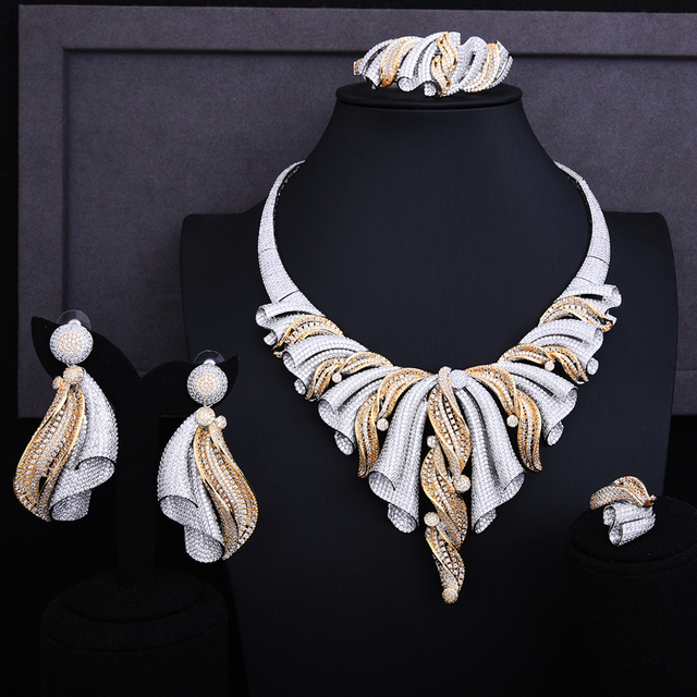 Super Luxury Twist Half Of Bowknot Full Micro Cubic Zirconia Jewelry Set