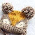 2015 Coreano Moda de Nova Bebés Meninas Meninos Crianças Crianças Camisola De Malha Dupla Bola Cap Chapéu Morno do Inverno Malha padrão raposa