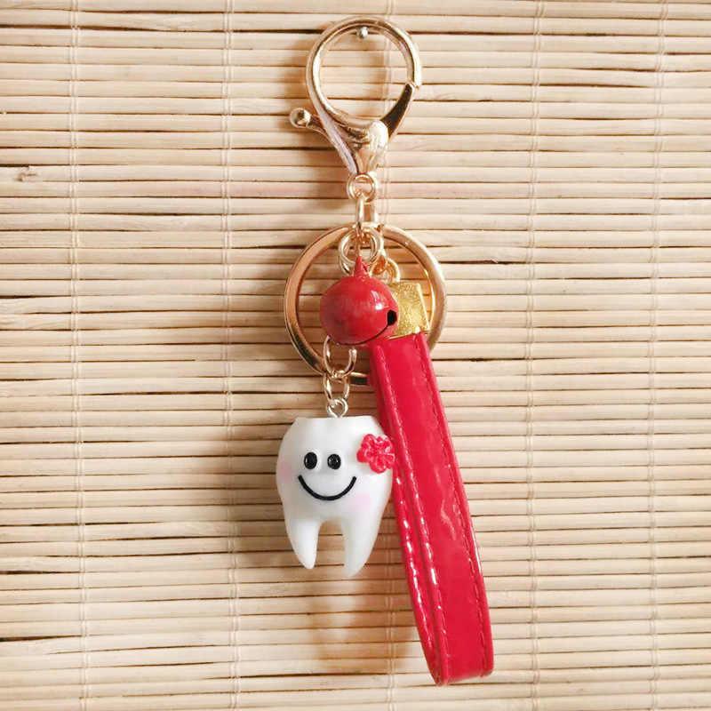 LLavero de dientes de dibujos animados decoración de dentista llaveros para hombre llavero de mujer con forma bonita clínica Dental regalo niña llavero