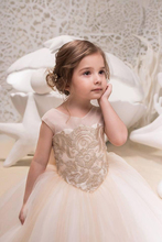 цена 2019 Cute Tulle A Line Flower Girl's Dresses Lace Applique Ruched Bow Sash Low Back Floor Length Girl's Birthday Party Pageant D в интернет-магазинах