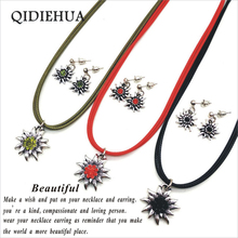QIDIEHUA Vintage Edelweiss Pendant Necklace Earrings Set Multicolor Crystal Flower Necklace Earrings Wedding Costume Jewelry Set