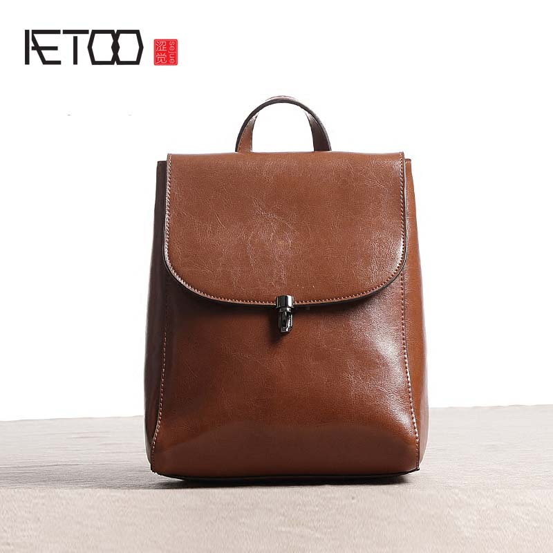 AETOO 2017 new original leather backpack female shoulder bag cowhide Korean version of the tide simple leisure school wind retro 2016 new lady chest pack female leather satchel leisure korean tide printing leather sports backpack bag chest free shipping