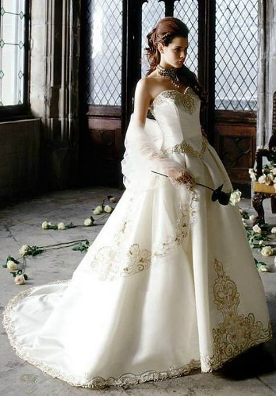 Online Get Cheap White Lace Gold Embroidery Wedding Gown ...