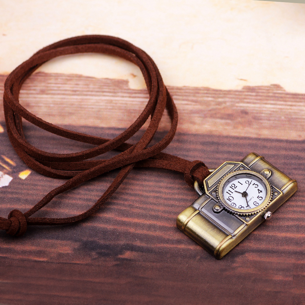 Creative Watches Retro Keychains Camera Toys Shape Pocket Quartz Keyring Keys Ring Gift Cool Electronic Pendant Toy For Children