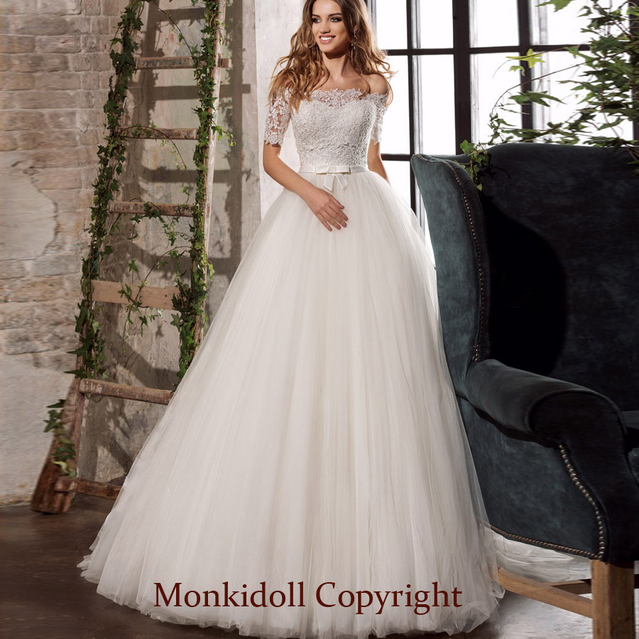 ,Bohemian Beach Flowy Wedding Dress