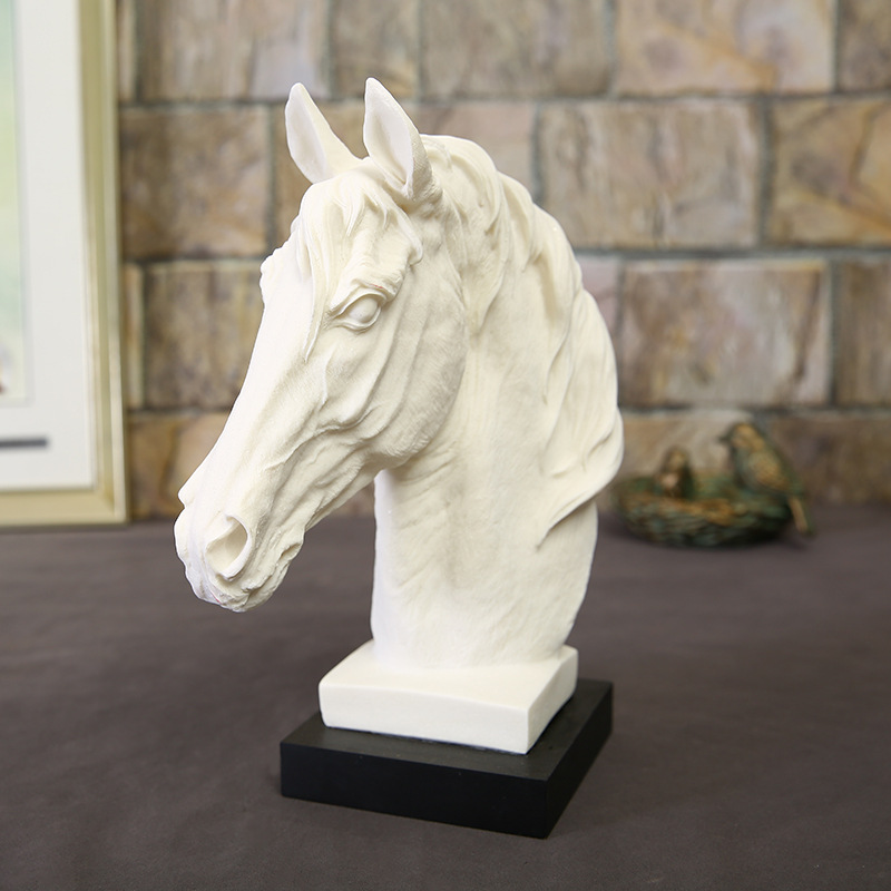 White Sandstone Horse Head Statue Sculpture Resin Ornaments Home Living Room Or Bedroom Decoration Geometric Accessories