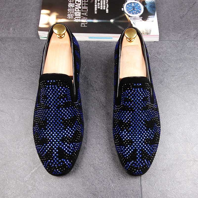 Men 2018 New loafers blue red Diamond Rhinestones Spiked shoes Red Bottom  Wedding Party Shoes 50f9bf36ad69