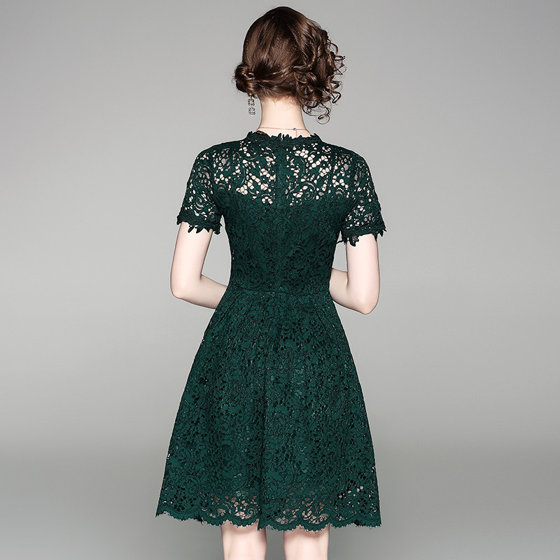 2018 New Summer Style Designer Dress Women High Quality Fashion Elegant  Short Sleeve Hollow Out Green Lace Dress Party Dresses-in Dresses from  Women s ... 51dce0db6aad