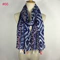 Muy de moda 100% Viscosa de algodón voile tribal azteca bufanda borla