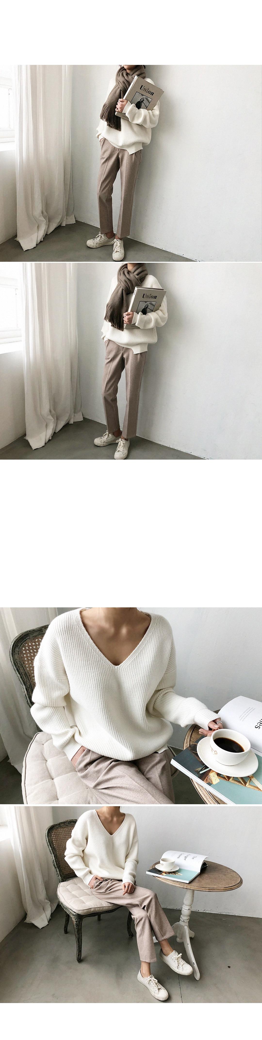 19 Winter Ovreiszed Sweater Women V Neck Black White Sweater Irregular Hen Knitted Tops 9