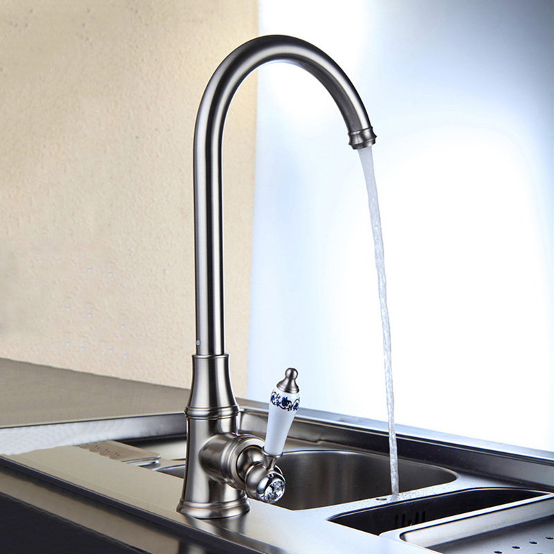 Solid Brass Kitchen Mixer Cold and Hot Kitchen Tap Single Hole Water Tap Kitchen Faucet
