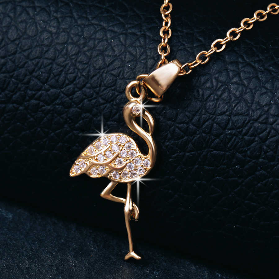 2018 New Delicate CZ Animal Necklace for Women Gifts Elegant Golden Flamingo Pendant Necklace Charm Beautiful Chain Necklace