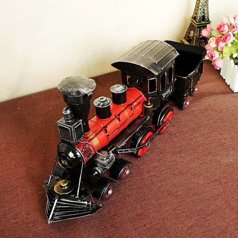 Antique Imitation 1892 Steam Railway Engine Model, Vintage Train Head With Bucket Miniatures, Hand Made Metal Crafts Train Model