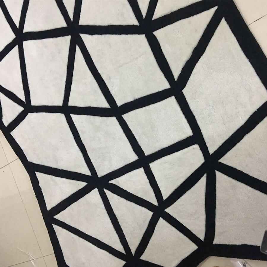 Moderne Salontafel Mat Wit.Tapijt Vormige Tapijten Zwart Wit En Tapijten Voor Woonkamer Mat
