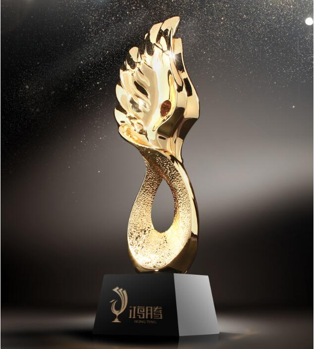 цена на High quality!High-grade metal trophy/large crystal trophy /five-pointed star team awards,Free shipping