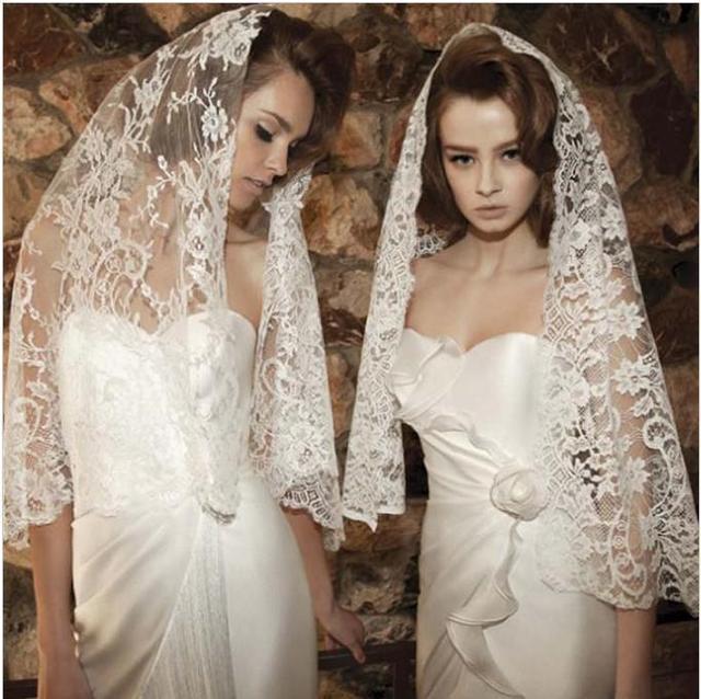 2016 Hot Sale Wedding Veil High Quality Appliques Lace Edge Short Lace Bridal Veils