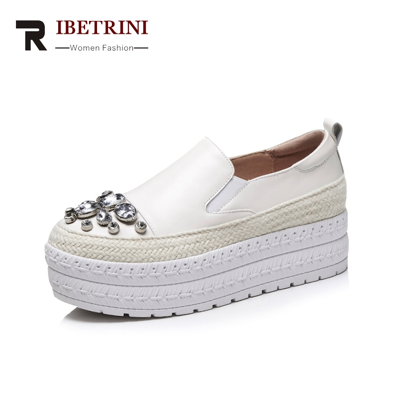 RIBETRINI 2018 Summer Cow Genuine Leather Appliques Crytal Woman Shoes Slip On Black Leisure Flats Women Shoes Sneakers ribetrini summer large size 34 40 cow genuine leather woman shoes mix color leisure flats women shoes sneakers