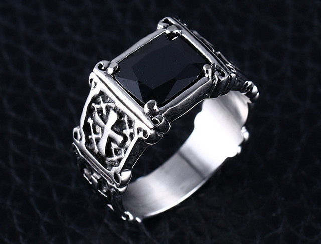 Men Vintage Ring with Red Black Stone