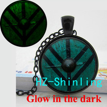 GL-00673 Glow Pendant The Shield of Lagertha Necklace Glowing Vikings Pendant Jewelry Glass Cabochon Necklace Pendant