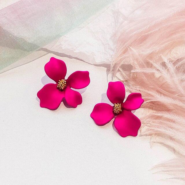Купить серьги пусеты с цветком в корейском стиле металлические серьги