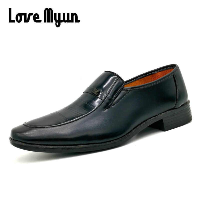 9e18cd5ce7f clearance sale Men PU leather shoes fashion shoes black wedding dress shoes  patent leather business shoes