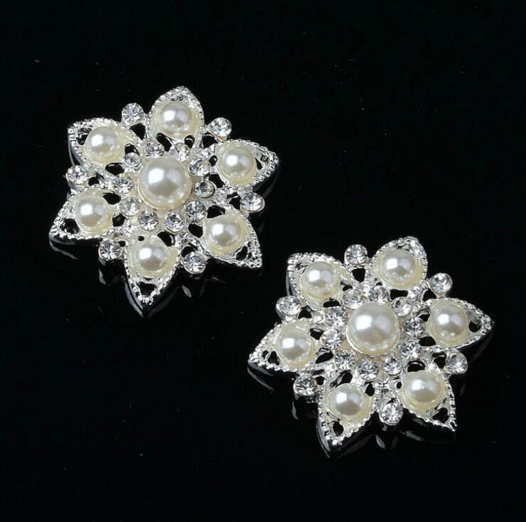 4077b2b49e Rhinestone Embellishment Button Used On Wedding Decoration Or Basket ...