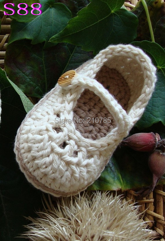 Free shipping,Handmade Crocheted Baby shoes, Crochet Baby Pure Color shoes baby boy shoes First Walkers