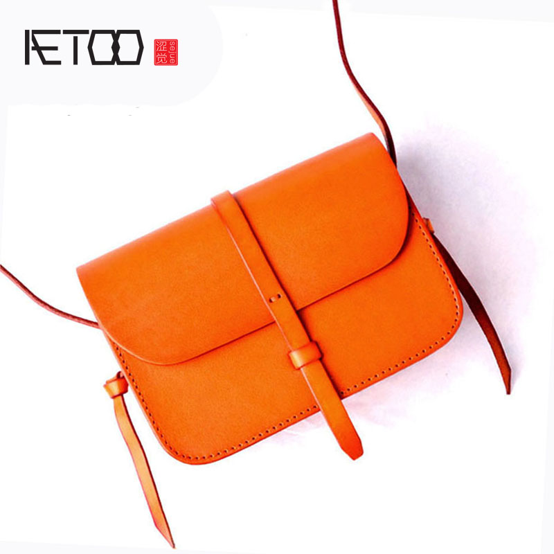AETOO Original color vegetable tanned leather shoulder diagonal saddle bag small bag commuter handbag retro art fan leather sa212 saddle bag motorcycle side bag helmet bag free shippingkorea japan e ems