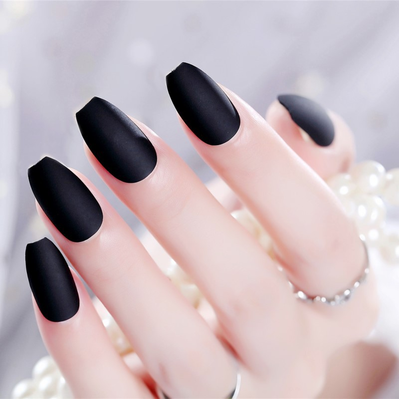 24pcs/set Black Ballerina Nails Tips Full Cover Frosted matte false nails red short paragraph small round oval fake nails art