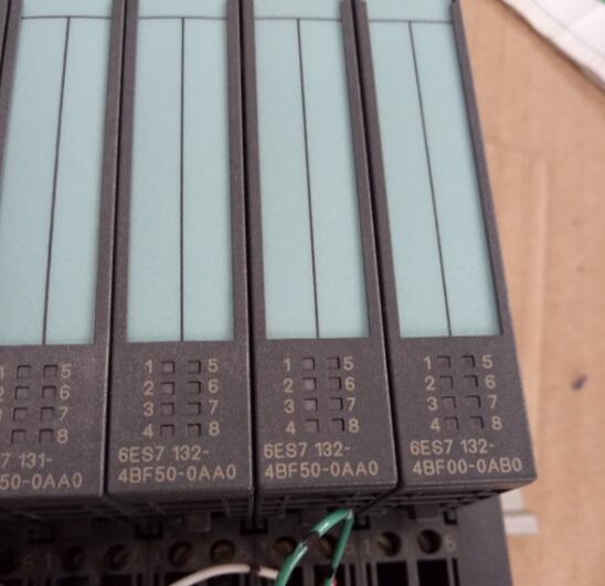 PLC 6ES7 132-4BF50-0AA0  , Used one , 90 % appearance new , 3 months warranty , fastly shipping dop b07s415 90% appearance new 3 months warranty in stock