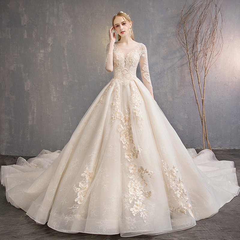 Wedding Dress 2019 New Champagne Lace Flower O-neck Full Sleeve Bride Royal Train French Vintage Princess Wedding Dress