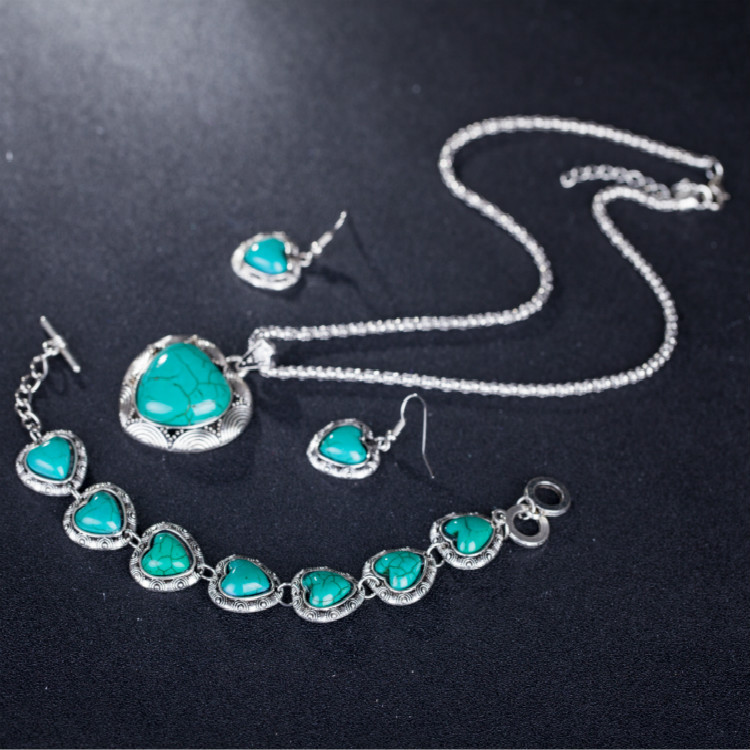 Heart Synthetic Turquoises...