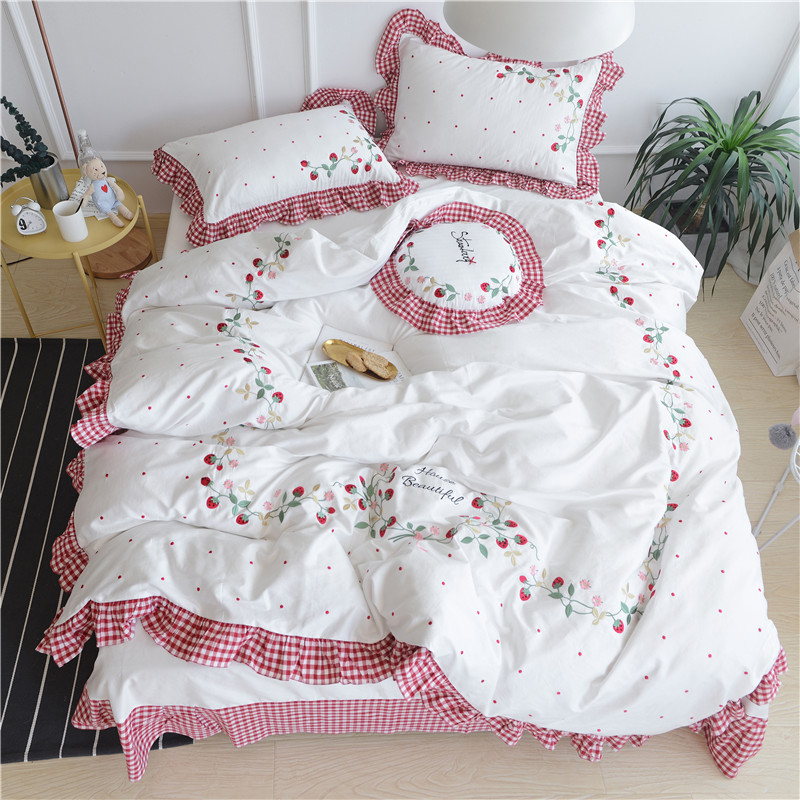 cartoon style bedding set egyptian cotton strawberry embroidery duvet cover sheet sets queen king size girls - Queen Size Duvet Cover
