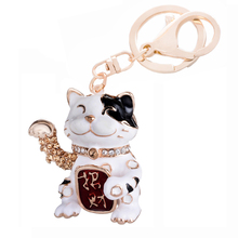 Lucky Cat Styling Keychain Charm Rhinestone Car Keyring Animal Alloy Key Chains Ring Holder Women Bag Accessories Gift R019