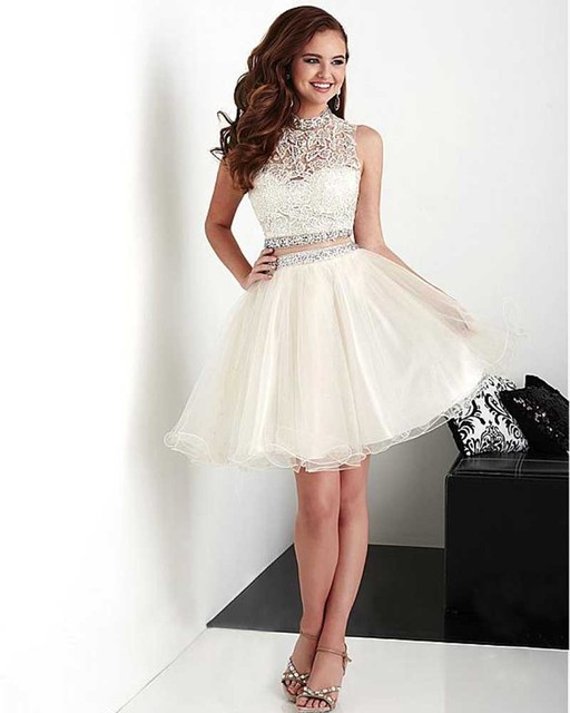 Summer Short Halter Open Back Beige A-Line Organza 2 Pieces Appliques Homecoming Dress With Beaded Waist 8th Grade Prom Dresses