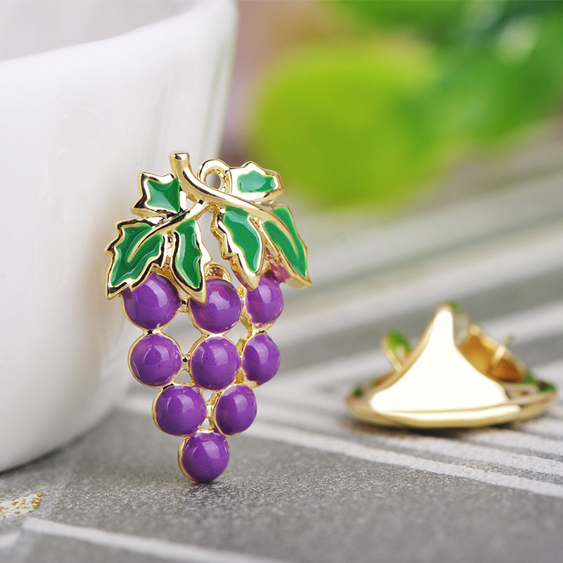 Blucome Cute Copper Purple Grape Shape Brooch Jewelry Enamel Gold Color Brooches For Women Girls Holiday Dress Hat Accessories