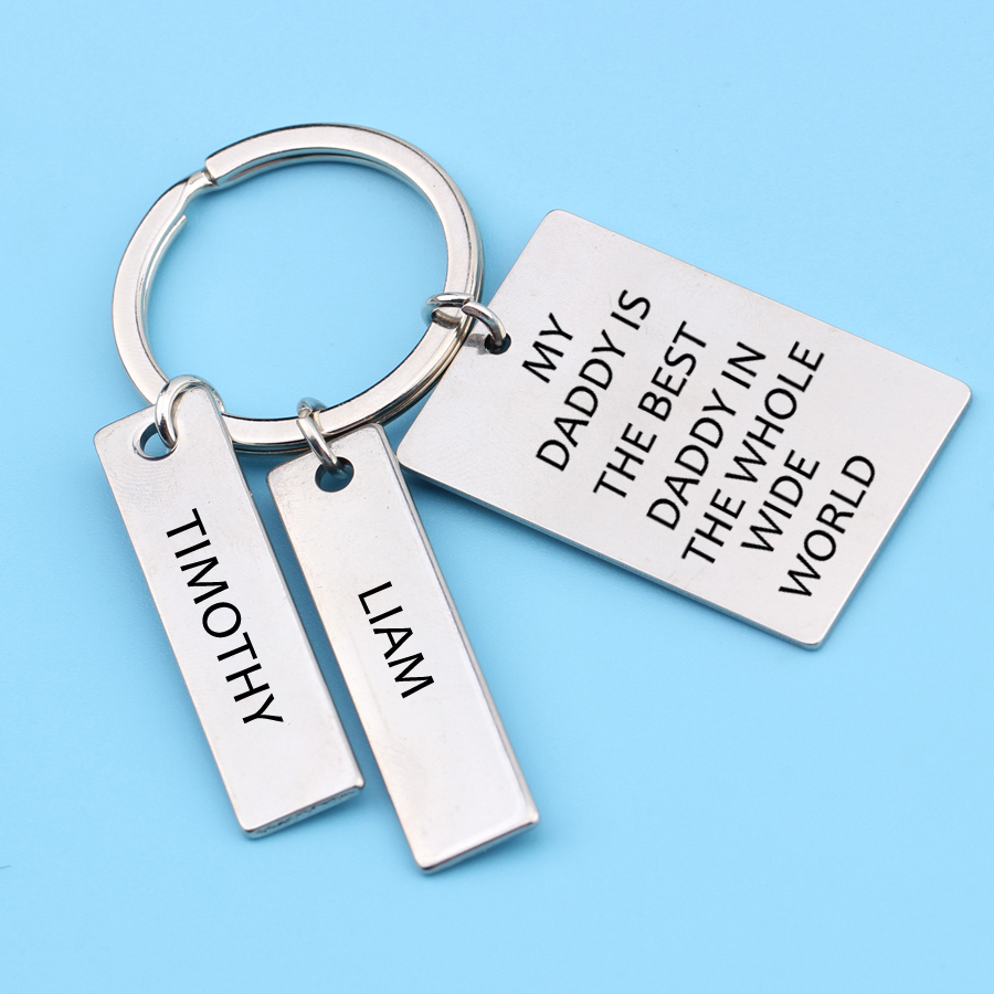 Custom name Fathers'Day Gift enaving my Daddy is the best daddy in the whole wide world Keychain