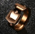 High Quality Fashion Personality 316L Stainless Steel  Plated Rose Gold Plated Ring Female Buckle Ring Food Creative Trendsetter