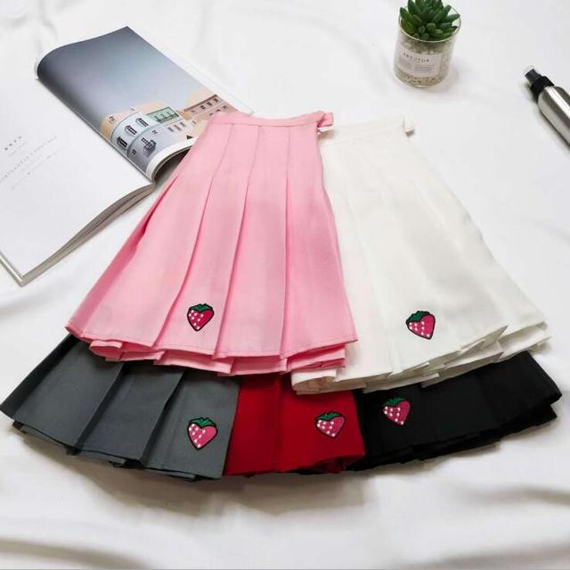 2018 autumn and winter new women's pleated skirt strawberry embroidery high waist A word skirt 1