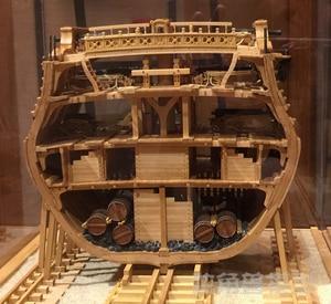 Image 2 - スケール1/48 uss bonhommeリチャードセクション船モデルキット + 高級内部構造装飾モデルキット + 木製の樽