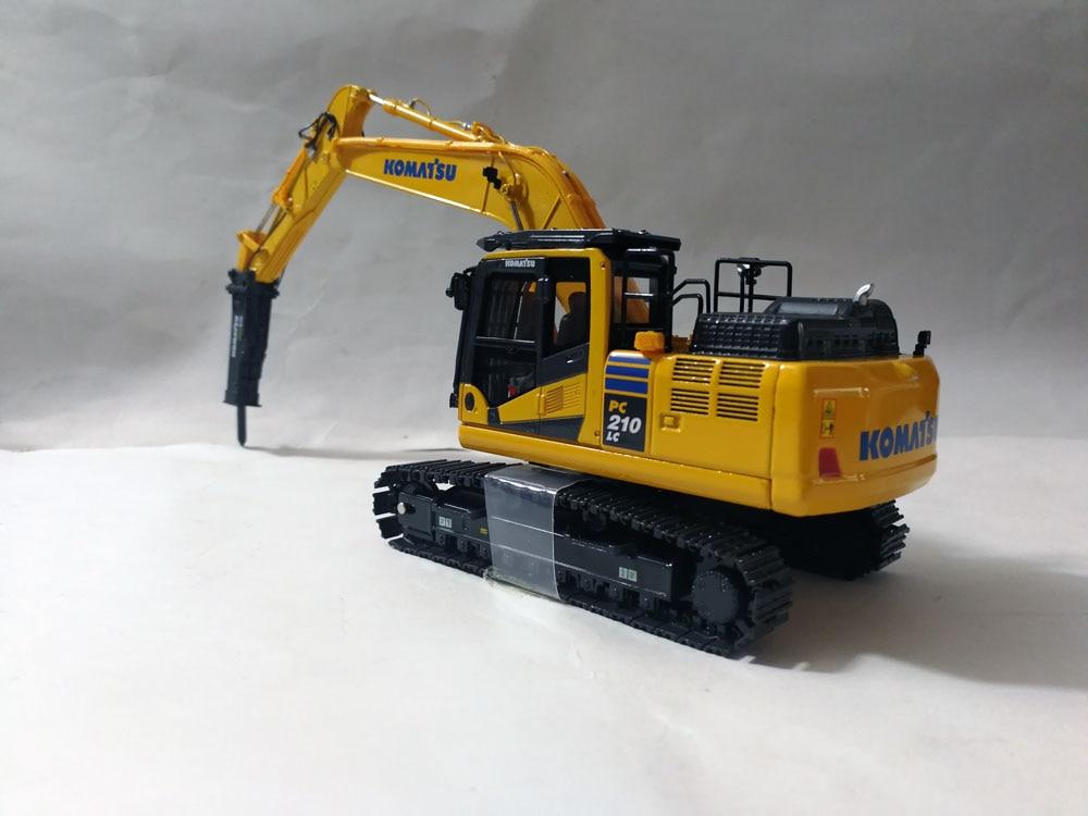 UH8140 1:50 Komatsu PC210LC-11 с молоток игрушка-сверло